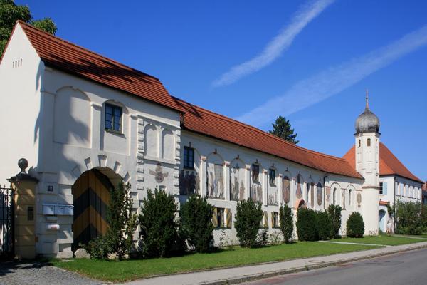 Schlosskapelle Esting, Esting