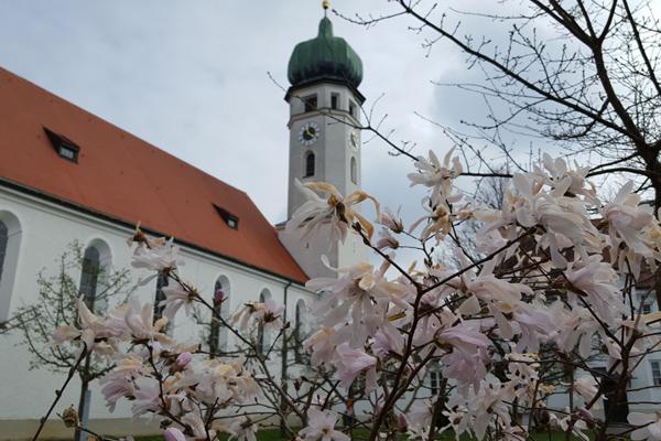 Pfarrkirche Zu-den-hl.-Schutzengeln, Eichenau